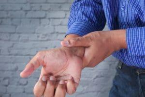 cbd douleur soulagement neuropathie naturelle traitement charcot maladie