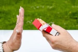 arret du tabac et cbd cannabidiol nicotine addiction bienfait